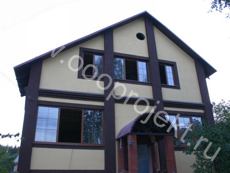 Отделка фасада частного дома металлопрофилем